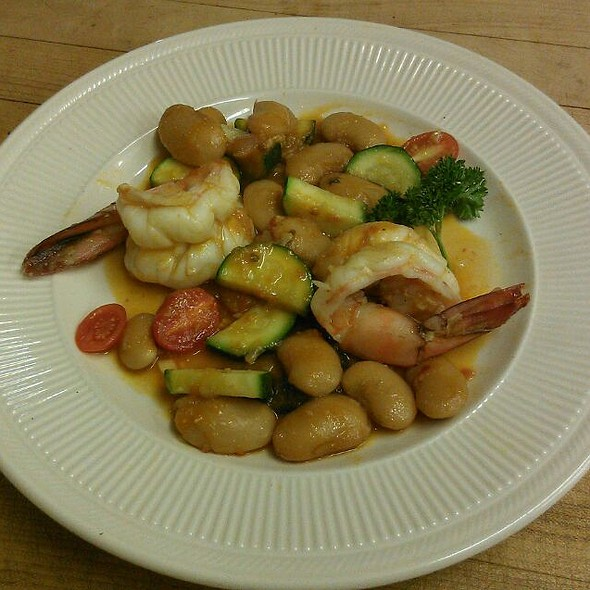 Jumbo Shrimp, Greek Beans, Zucchini, Grape Tomato - A Touch of Italy, Egg Harbor Township, NJ