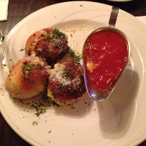 Garlic Knots - Patzeria Family & Friends, New York, NY