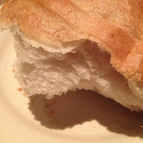 Bread - Bob's Steak & Chop House - Dallas on Lamar, Dallas, TX