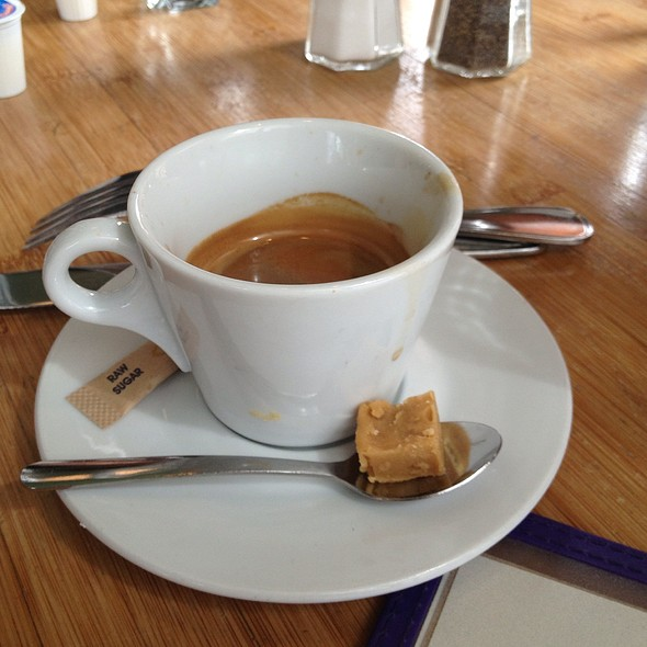Double Espresso - Vallier, Montreal, QC