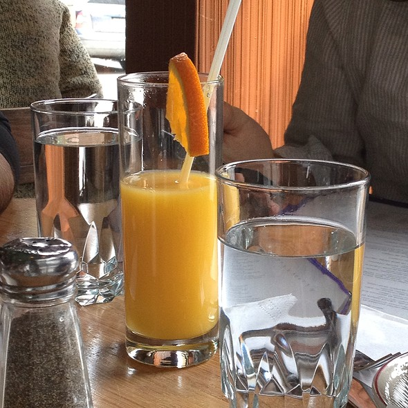 Orange Juice - Vallier, Montreal, QC