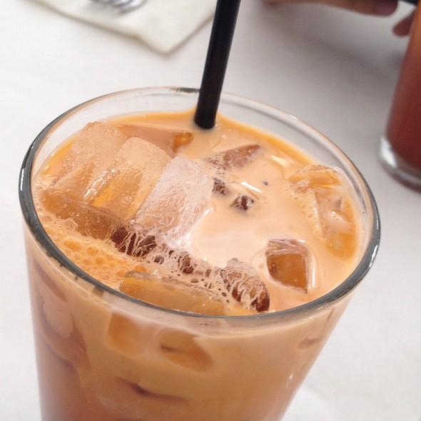 Thai Iced Tea - Gindi Thai, Burbank, CA