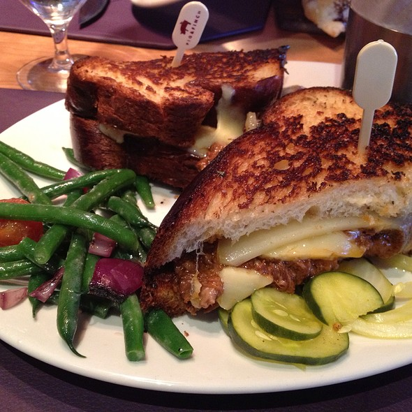 Short Rib Ragout Grilled Cheese - Pig & Finch Gastropub, Leawood, KS