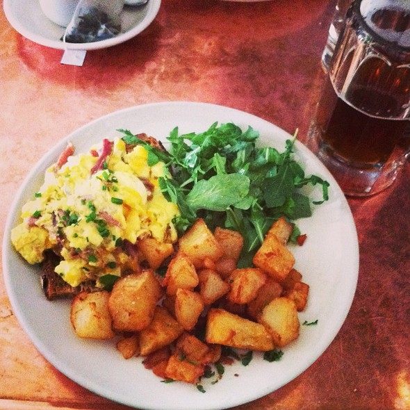 Tiny's Sunnyside Scramble - Tiny's & the Bar Upstairs, New York, NY