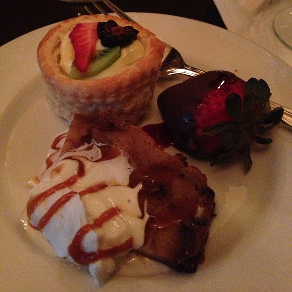 Dessert Trio (dulce De Leche Cheesecake, Pumpkin Creme Brulee & Apple Fritter) - Café Bleu, San Diego, CA