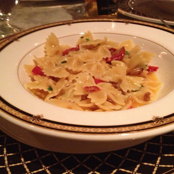 Farfalle With Sundried Tomatoes Pignoli And Fresh Basil - The Brick House, Wyckoff, NJ