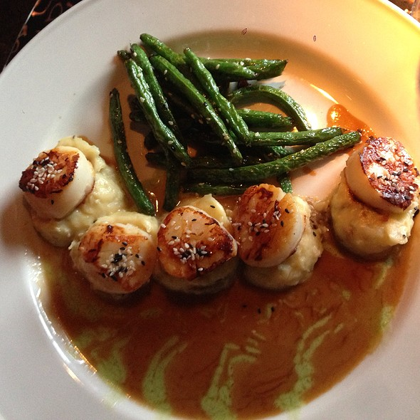 Scallops - Chart House Restaurant - Boston, Boston, MA