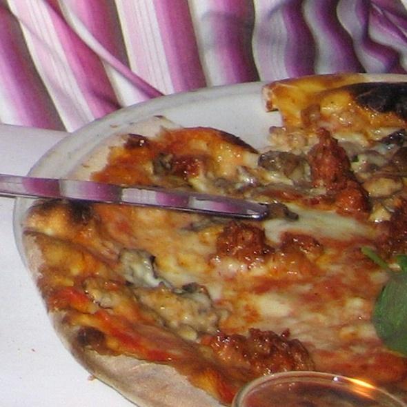 Pizza Alla Norcina - Serafina, New York, NY