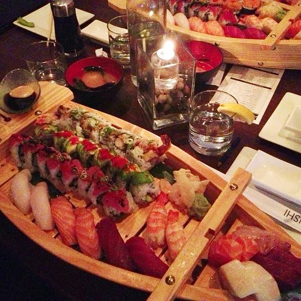Sushi Boat - Seito Sushi, Orlando, FL