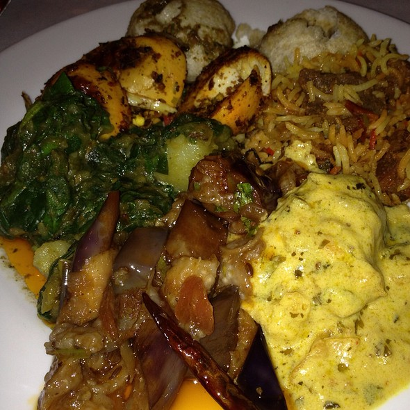 Weekend Lunch Buffet - Chola, New York, NY