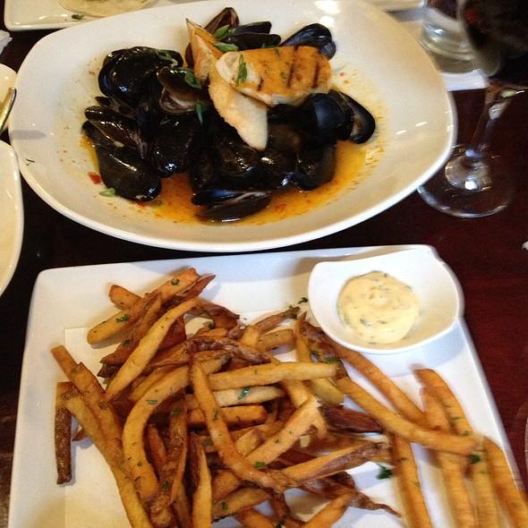 Mussels & Duck Fat Fries - Coles 735 Main, Lexington, KY