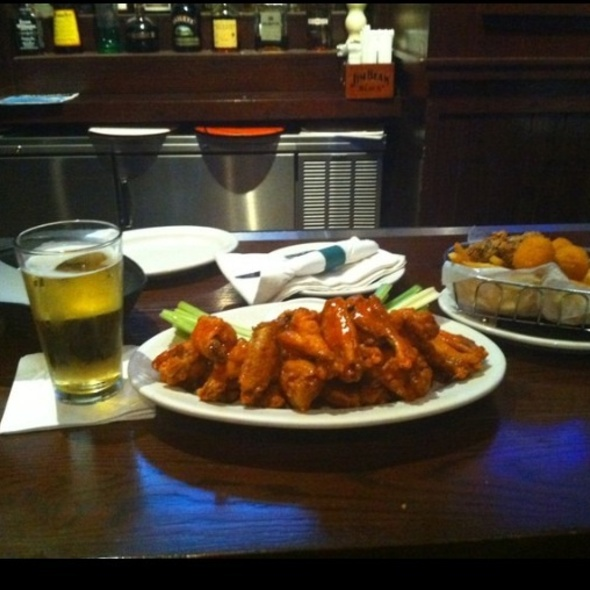 Buffalo Wings - Wicked Good Bar & Grill, Lincoln, RI
