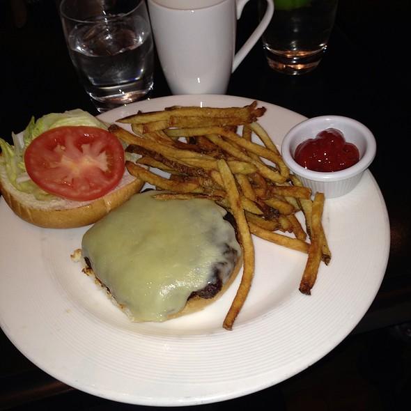 Cheeseburger - City Table, Boston, MA