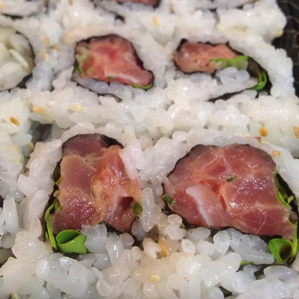 Spicy Tuna Rolls - Sushi Zushi - Colonnade, San Antonio, TX