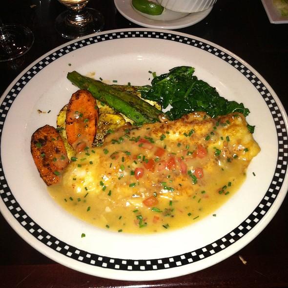 Seabass - Jackson's Restaurant, Commack, NY