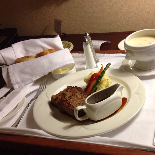 Meatloaf And Seafood Chowder - Wilfrid's Restaurant - Fairmont Chateau Laurier, Ottawa, ON