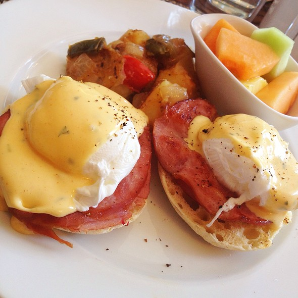 Eggs Benedict - Darlington House, Washington, DC