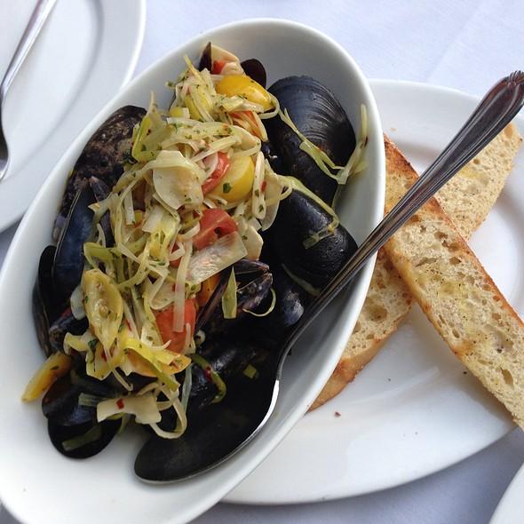 Mussels - Jayne's Gastropub, San Diego, CA
