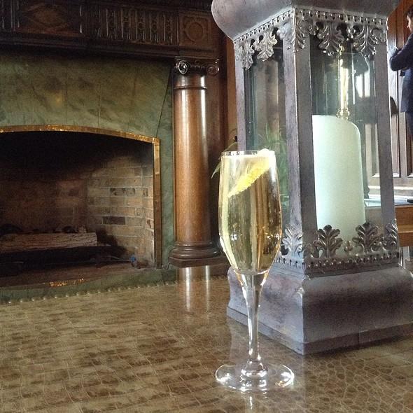 Sparkling Garden Cocktail - The Bengal Lounge - The Fairmont Empress Hotel, Victoria, British Columbia