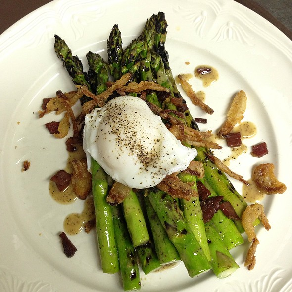 Grilled Asparagus Salad - The Grant House, Vancouver, WA