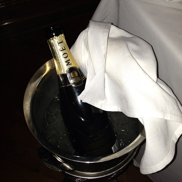 Moet Champagne - Bobby Van's Grill - New York Ave., Washington, DC