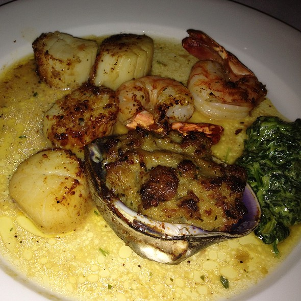 Broiled Seafood Combo - Pace's Steak House - Hauppauge, Hauppauge, NY