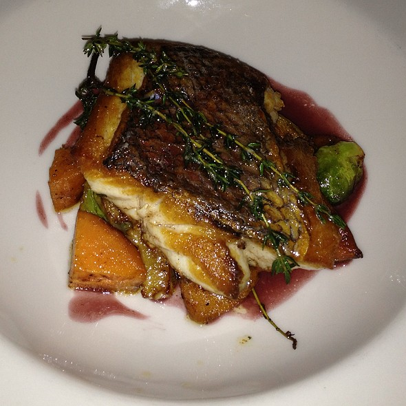 Red Snapper - Harbor House, Milwaukee, WI