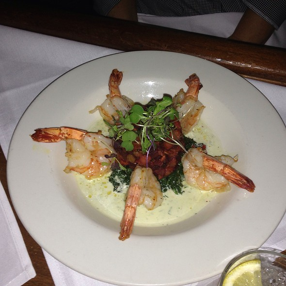 Jumbo Shrimp - red/bar brasserie, Southampton, NY