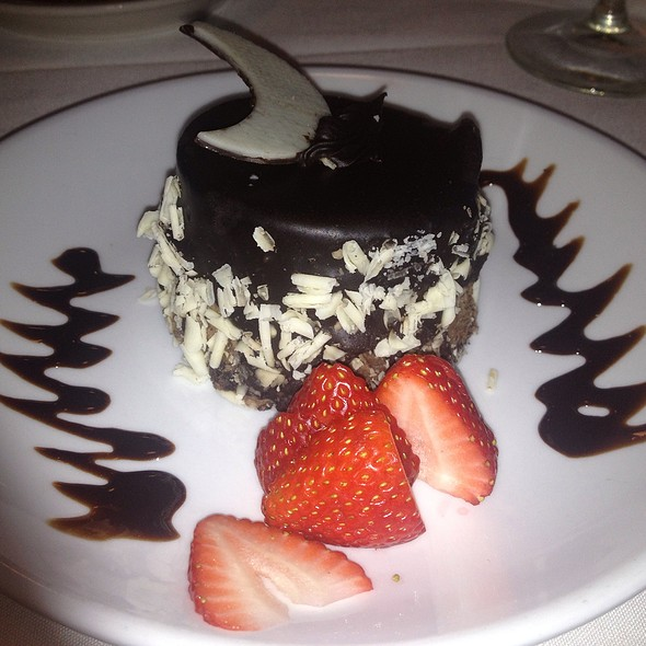 Dark Side If - The Brick Hotel & Restaurant, Newtown, PA