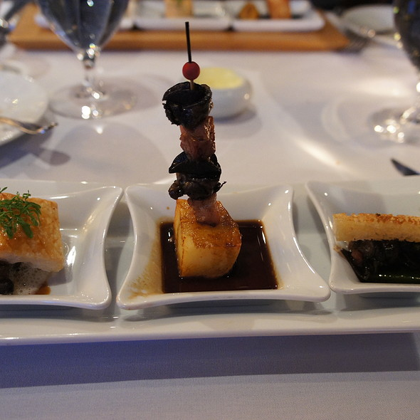 Trio of Snails - Le Patriarche, Quebec, QC