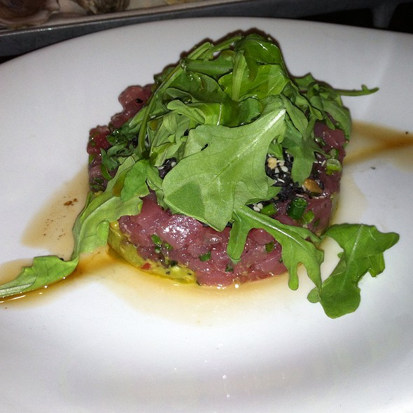 Tuna tartar, smashed avocado, Hawaiian sea salt, sesame, lemon dressed arugula - Moro, Wilmington, DE