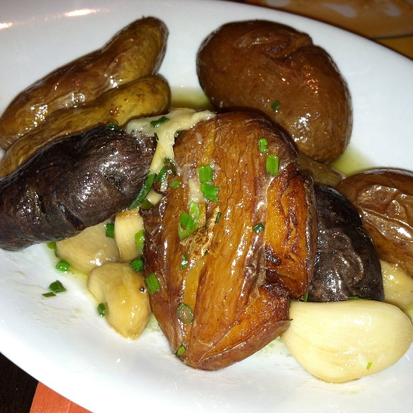 Herb galic crispy fingerling potatoes - Moro, Wilmington, DE