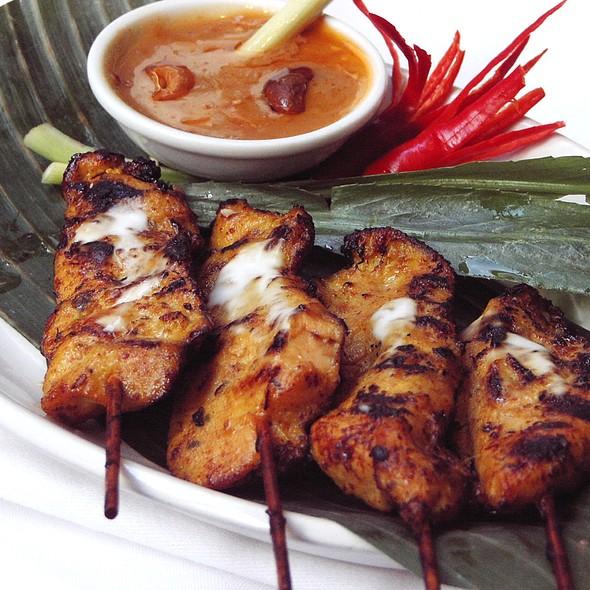Chicken satay - Sri Suwoon Thai Restaurant, London