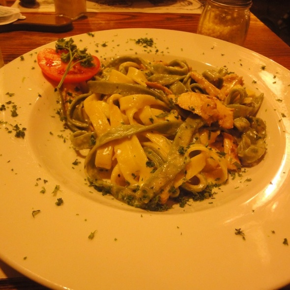 Chicken Pesto Pasta - The Old Spaghetti Factory - Toronto, Toronto, ON
