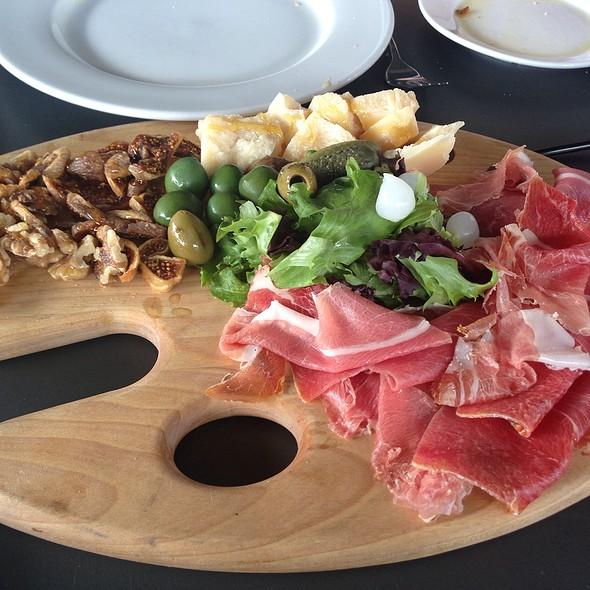 charcuterie - Joey's Italian Cafe, Miami, FL