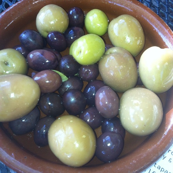 Marinated Olives - Modesto, St. Louis, MO