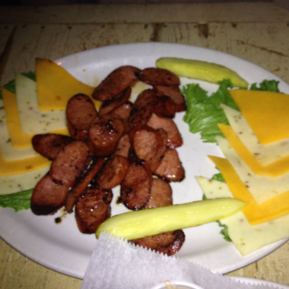 Smoked Sausage & Cheese Plate - Puckett's Historic Downtown Franklin, Franklin, TN