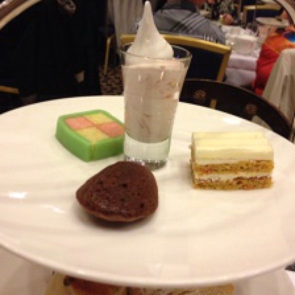 Desserts - Victoria's Restaurant @ The King Edward Hotel, Toronto, ON
