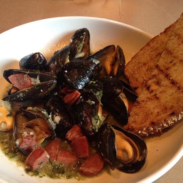 Steamed Mussels - Ibby's -  Washington University, St. Louis, MO