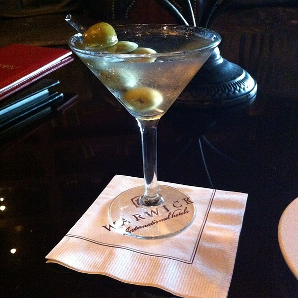 Grey Goose martini w/ 3 olives - Landmark Restaurant - The Warwick Melrose Hotel Dallas, Dallas, TX