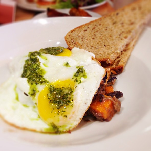 Brisket Hash & Eggs - Against The Grain Urban Tavern - Leaside, Toronto, ON