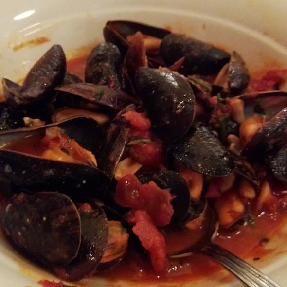 Mussels Diavolo - Maggiano's - Bellevue, Bellevue, WA