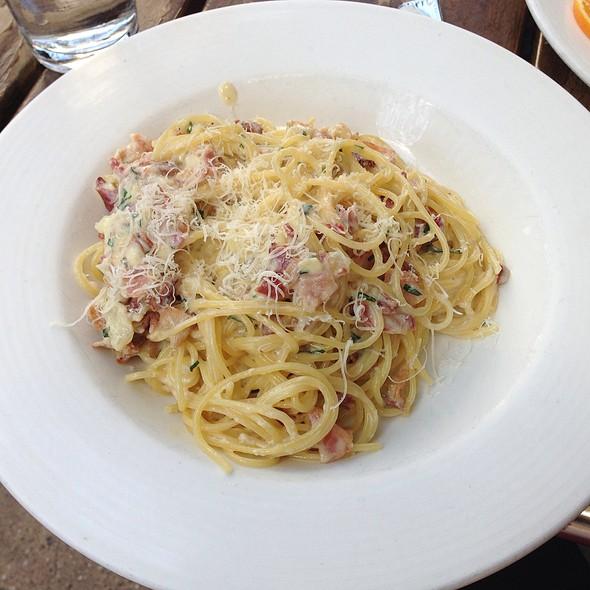 Spaghetti Carbonara - La Giara, New York, NY
