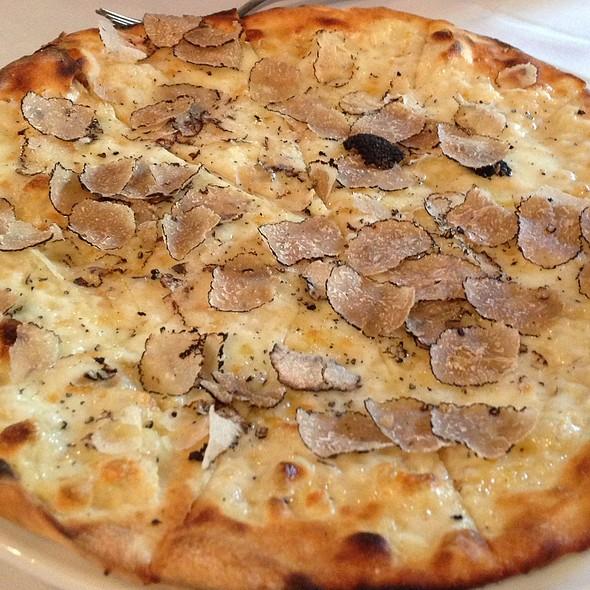 Truffle Pizza - Piccolo Sogno, Chicago, IL