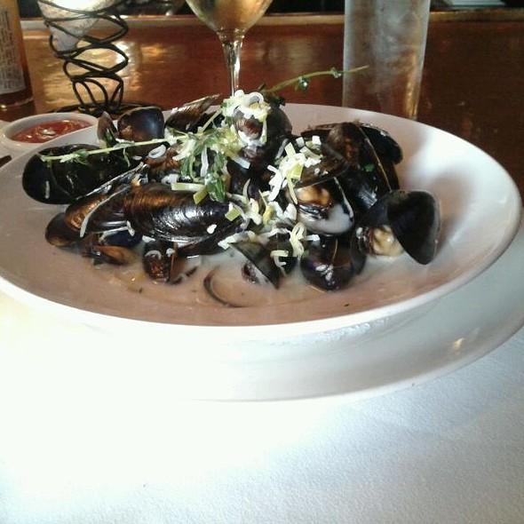 Mussels Meuniere - Harvest Bistro & Bar (Closter, NJ), Closter, NJ