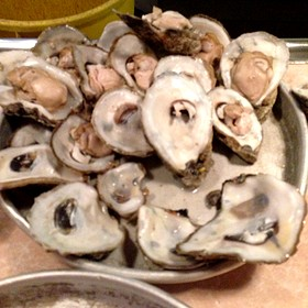 Steamed Oysters - 42nd Street Oyster Bar, Raleigh, NC