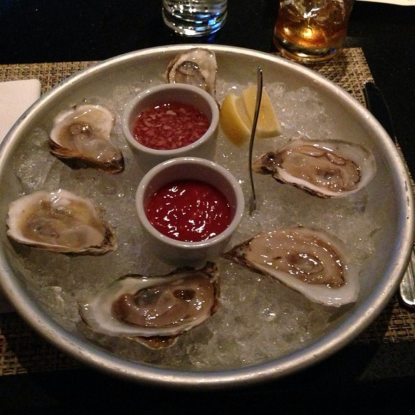 Wellfleet Oysters - NOLA oyster bar, Norwalk, CT