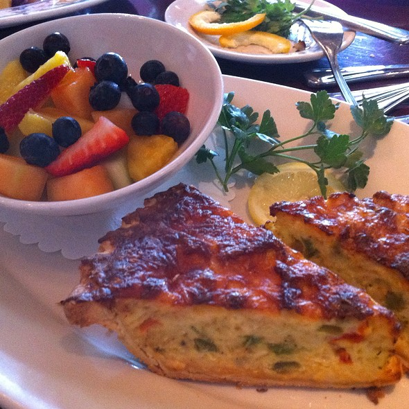 Quiche and fruit salad - Harry's Main Street Grille, Westminster, MD