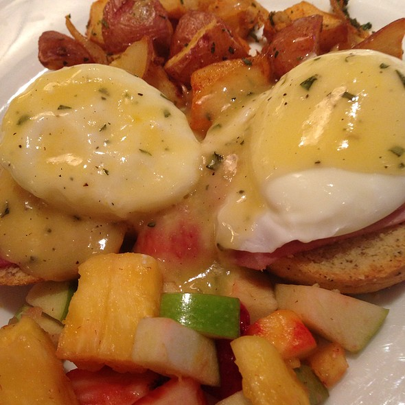 Eggs Benedict - Lark Creek Walnut Creek, Walnut Creek, CA