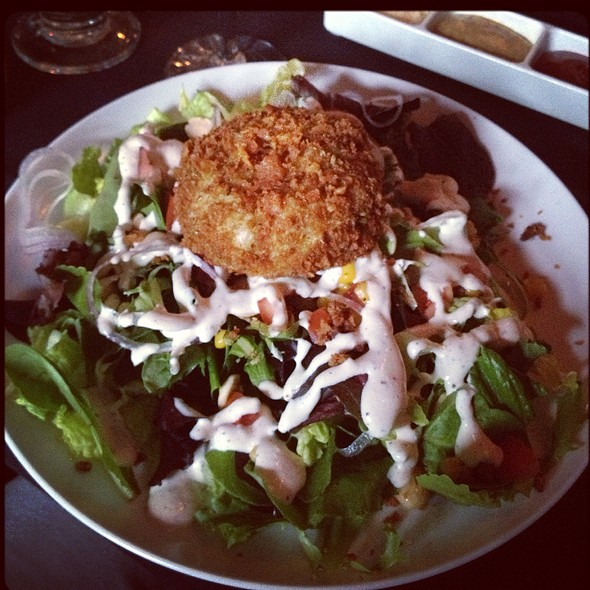 Dinner Salad With Crab Cake - Ashten's, Southern Pines, NC